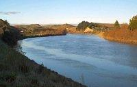 Winter shot up river, Whanganui River